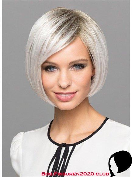 Kurze Bob Frisuren fuer Frauen AB 50 Grau Haarfarbe
